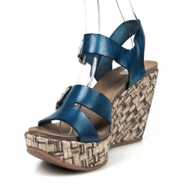 sandalias azules con cuña de rafia.u438