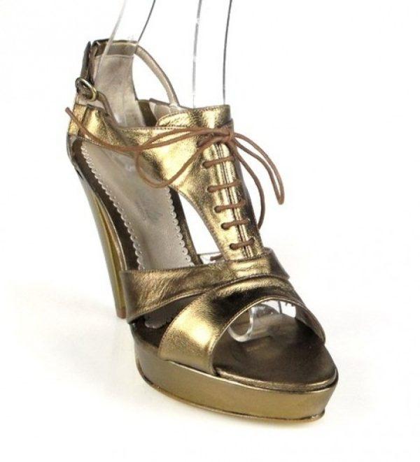 sandalias doradas de plataforma .o923