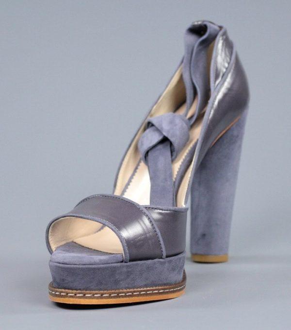 zapato de plataforma azul.o96