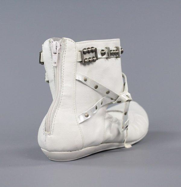 zapato abotinado de mujer .u009
