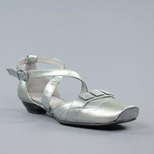 zapatos plateados de piel .u031
