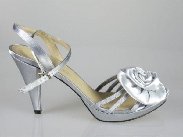 Sandalias plata .2688