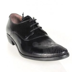 Zapatos de cordones .u796