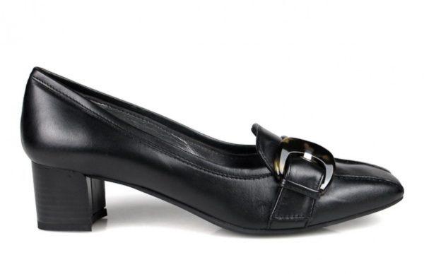 mocasines negros con tacón cuadrado.o707
