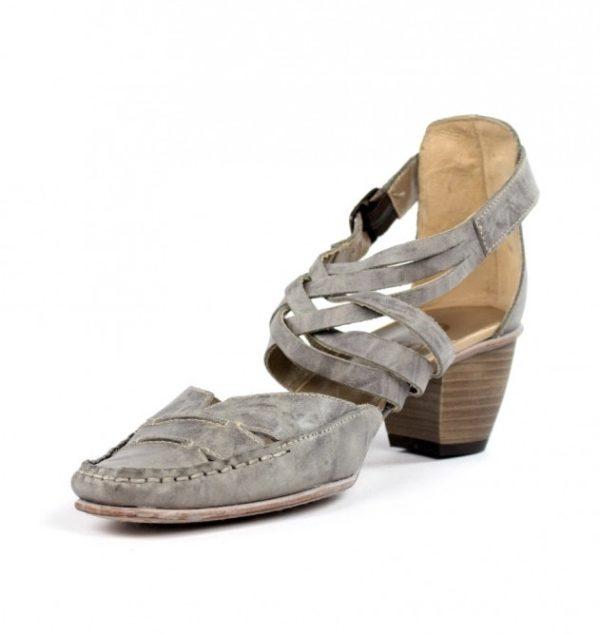 Zapato tiras cruzadas.u768