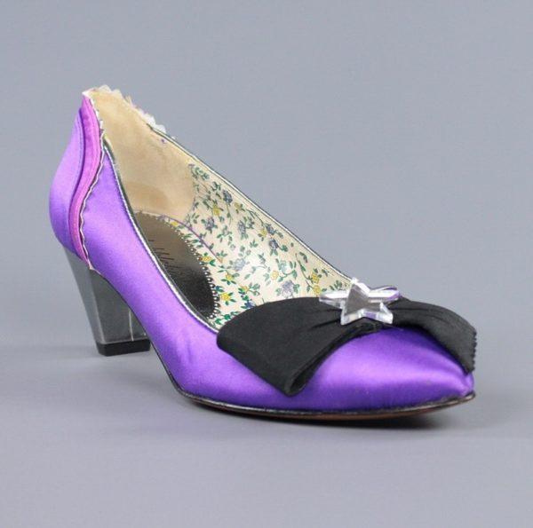 Zapatos lila raso.u845x