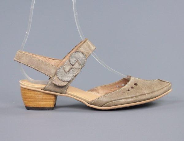 Zapatos blandos destalonados.u847x