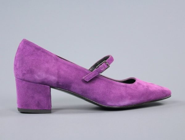 Zapatos ante morado.u872xu872x