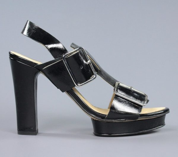 Sandalia charol negro.u945x