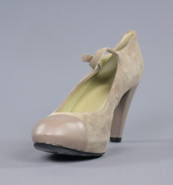 Zapato taupe tacón.u952x