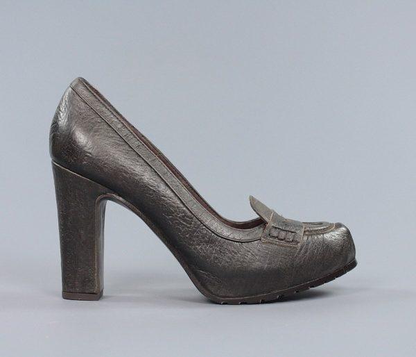 Zapatos marrones tacón.u966x