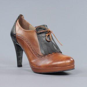 Zapatos flecos.u969v