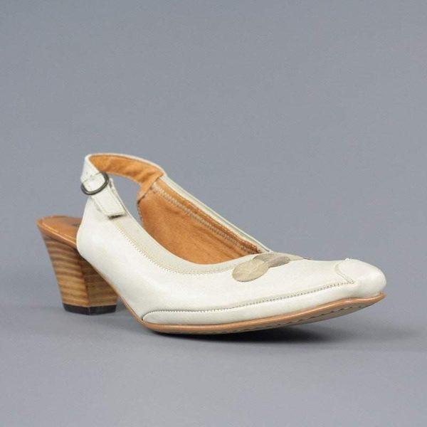 Zapatos destalonados beige.t004t