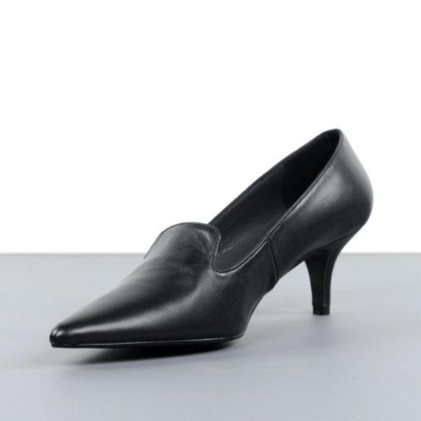 Zapatos negros puntera.t013x
